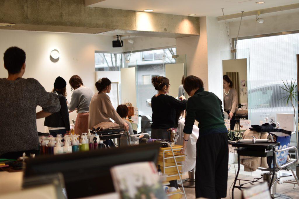 広島市安佐南区にある美容院プロッソルリタのアシスタントのカメラマンチームによる撮影会